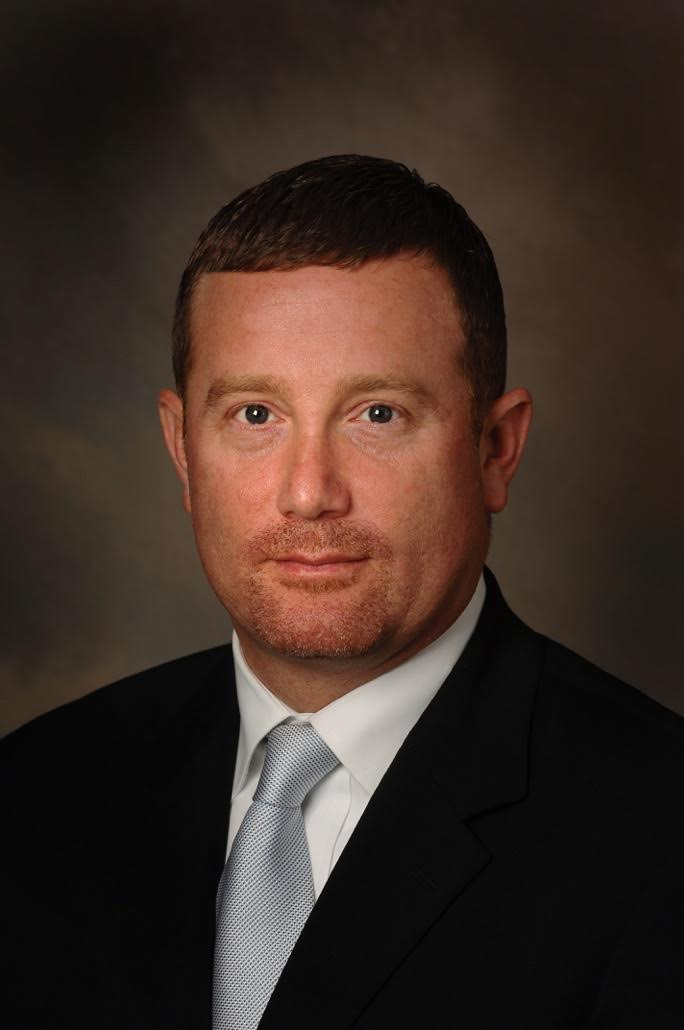 Dr. Lane Phillips Bio Picture